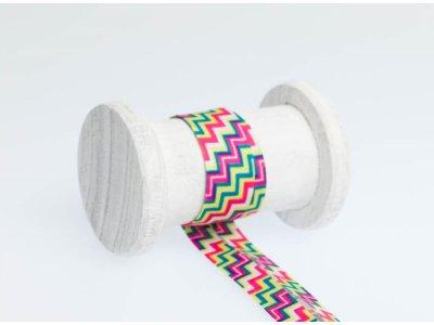 Schrägband Baumwolle 3m Stück, gefalzt 20mm  breit, Chevron pink-bunt