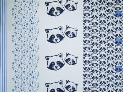 Sweat French Terry Sam PANEL ca. 90 x 155 cm - Waschbären - blau