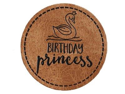 """Jessy Sewing Kunstleder-Label mit aufgedruckter Nähnaht - """"Birthday Princess"""" - braun"""