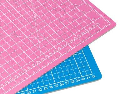 Schneidematte 45 x 30 cm pink-blau