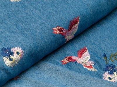 Leichter Jeansstoff mit Stickerei Little Darling - Blumen und Vögel - jeansblau