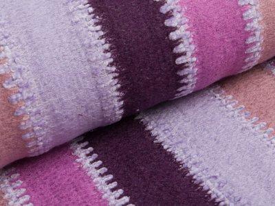 Strickstoff Acryl Patchwork - breite Streifen - flieder
