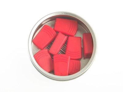 Dose mit 8 Kordelstopper für ca. 4-5 mm Kordeldurchmesser - rot