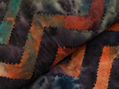 Jersey mit Ausbrenner - Zick-Zackmuster auf Batik - blau/rost/olive