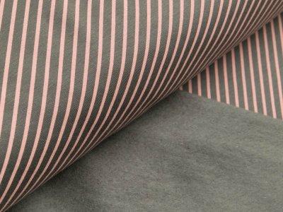 Leicht angerauter Sweat - diagonale Streifen - grau/rosa